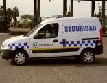 Móvil de seguridad del Mercado de Abasto Córdoba
